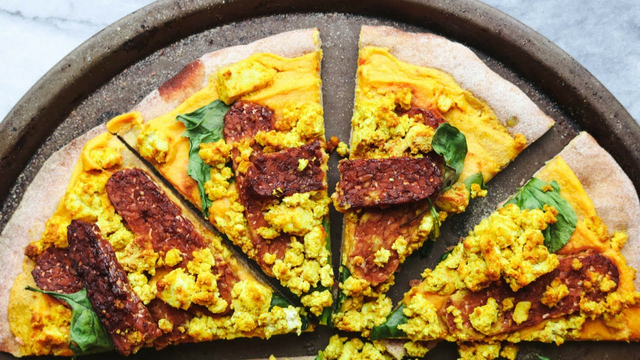 Cheezy Vegan BREAKFAST Pizza w/ Smoky Tempeh Bacon
