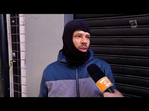 Motoboy gasta mais para se proteger do frio