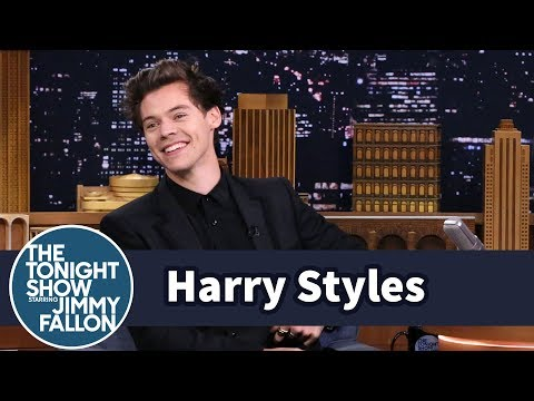 Harry Styles and Jimmy Bonded as Dressing Room Neighbors on SNL