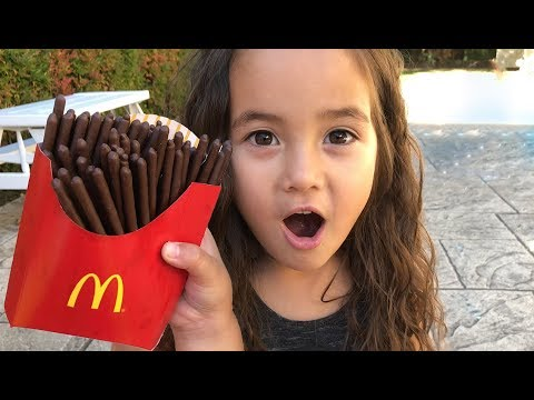 Magic McDonald's Happy Meal! Turns Into Real Chocolate IPhone And French Fries