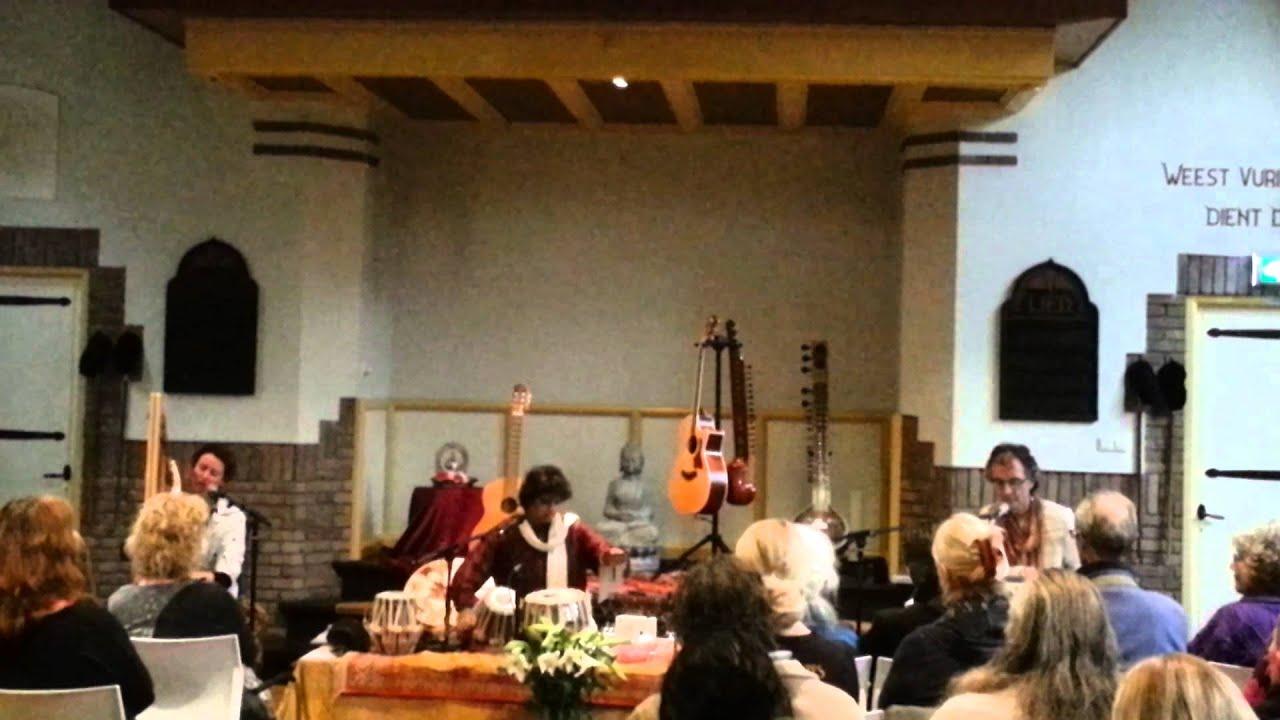 ''Ashvins Trio'' in Driebergen-Parklaankerk. White Thursday