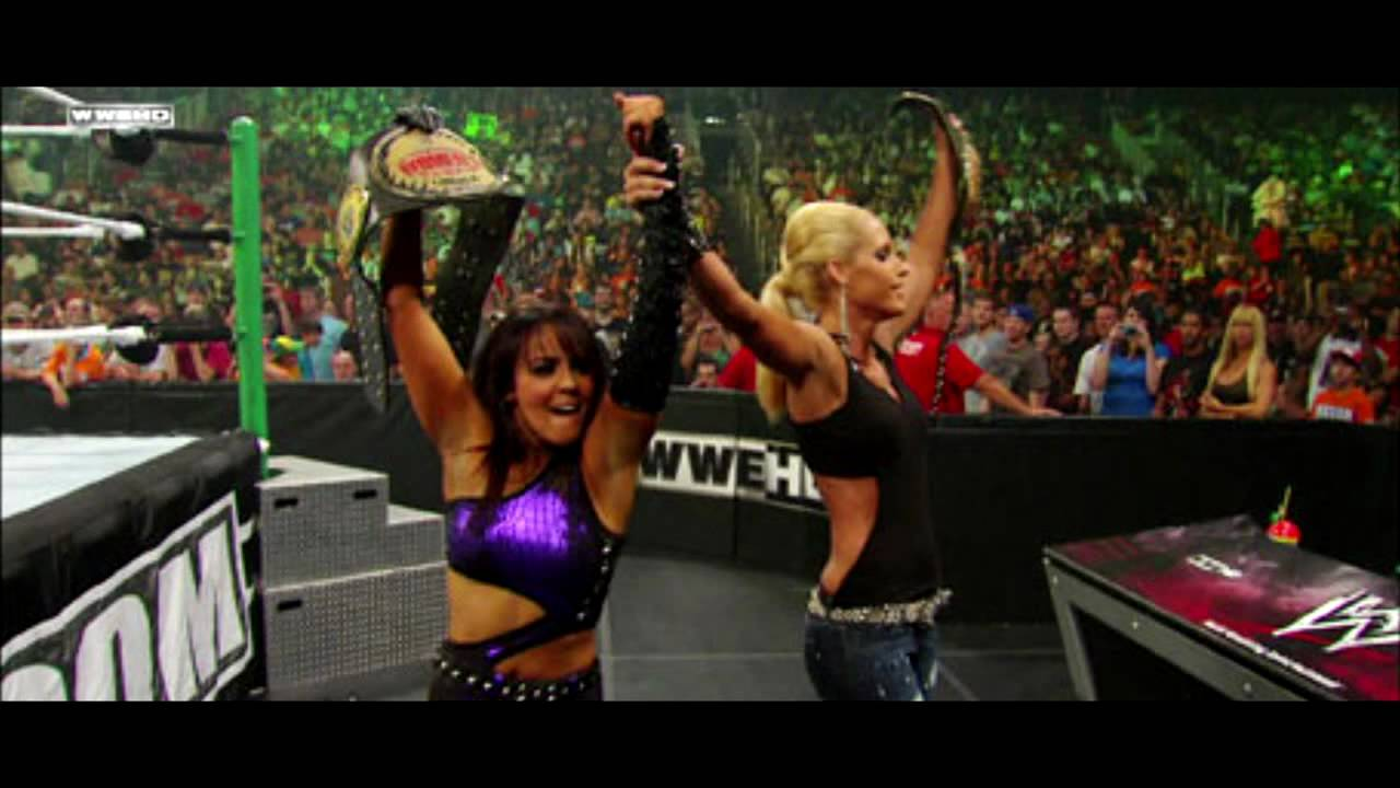 Wwe diva kelly kelly new video juicy j bands a make her dance ft lil wayne 2 chainz remix - 4 1