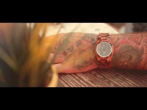 Woodhood.cz (wooden wrist watch)