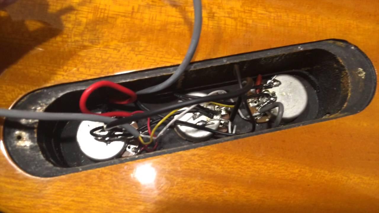 epiphone explorer korina 1958 pickup install demo [ 1280 x 720 Pixel ]
