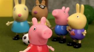 Peppa Pig plays happy song
