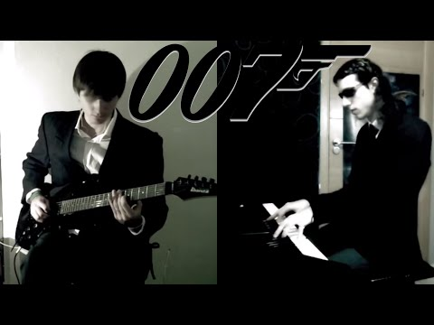 SKYFALL Adele - Guitar & Piano version