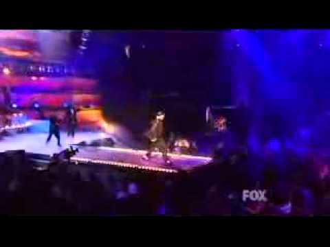 Ashlee Simpson  LOVE  @ Billboard Music Awards 2005