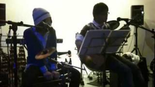 けん坊&エリカ 一人ジェンガ(矢井田瞳) 2011.2.26 北九州市小倉駅北口...