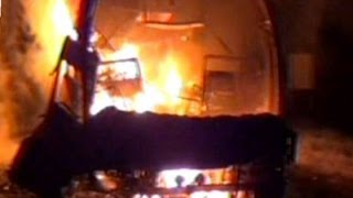 45 Killed in a Volvo bus fire accident from Bangalore to Hyderabad at Mahbubnagar