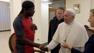 Stephen K Amos meets The Pope