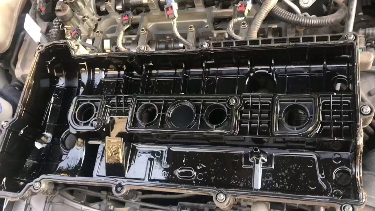 Valve Cover Gasket On 2014 Ford Focus Se 20 Youtube 09 Escape Fuel Filter Location