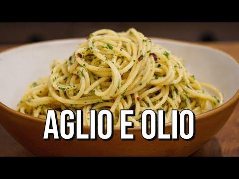 aglio olio  garlic and oil pasta