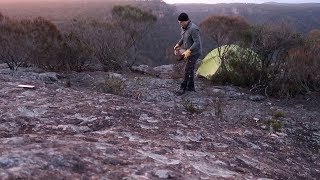 Solo Australian wilderness hike and cliff top camp