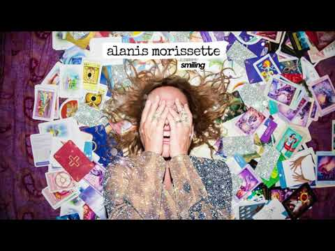 """Alanis Morissette Gives New Details About New Album, Tour, & Shares New Song """"Smiling"""""""