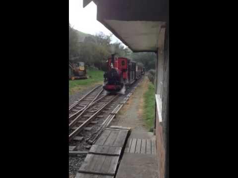 Talyllyn Brynglas mixed train.