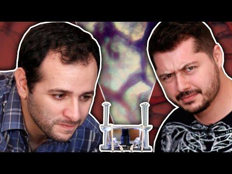 Microscópio caseiro com webcam ft. Átila Iamarino