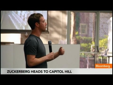 Mark Zuckerberg Getting Star Treatment in Washington