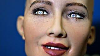 Человекоподобный робот София говорит, что «недостаточно умна» (новости)
