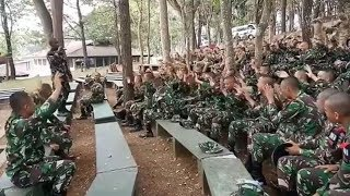 Video Tentara Australia & TNI Nyanyi Lagu Tanah Papua download MP3, 3GP, MP4, WEBM, AVI, FLV Juli 2018