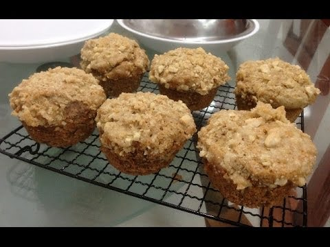 Apple Cinnamon Muffins with Streusel Topping Recipe