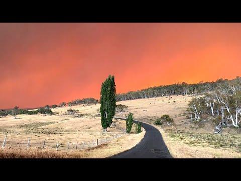 Australische Buschfeuer Färben Himmel Tiefrot | AFP