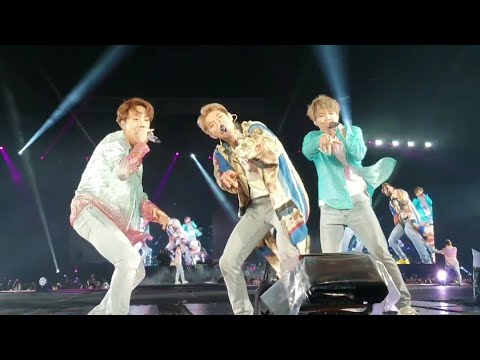 190511 Dope Baepsae Fire Medley @ BTS 방탄소년단 Speak Yourself Tour Soldier Field Chicago Concert Fancam