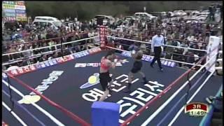 Hyun Mi Choi 對 Sandy Tsagouris , Yesan Gun, South Korea,n110429, WBA female feather weight championship