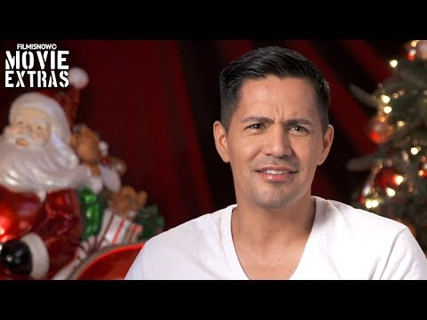 A Bad Moms Christmas  Onset visit with Jay Hernandez  Jessie Harkness
