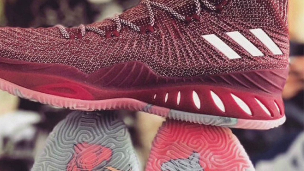 purchase cheap 0477f 9acab Kristaps Porzingis Shows Us An adidas Crazy Explosive 17 Inspired By His  Home Country