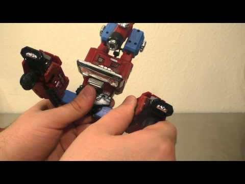 Transformers review: Fans Toys Tesla aka Perceptor