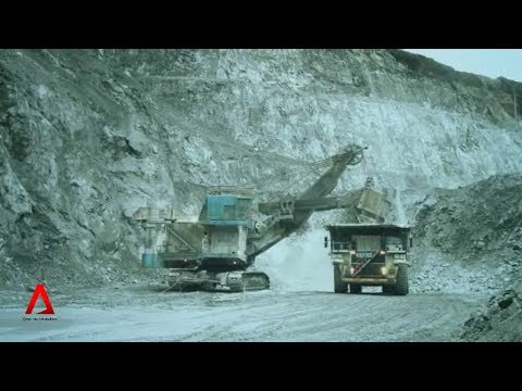 INDONESIA: Ban on unprocessed mineral ore exports