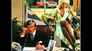Download 10cc - I'm Mandy Fly Me Mp3 and Videos