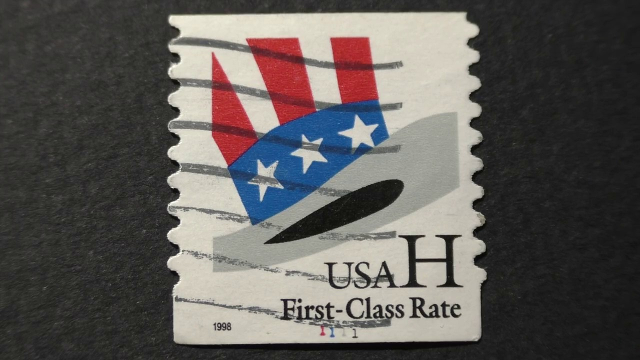 Postage Stamp USA FIRST CLASS Rate H Hat In The Colors Of American Flag 1998
