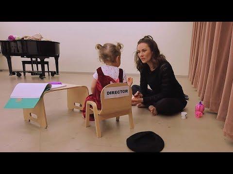 Ella Directs Laura Benanti in MY FAIR LADY