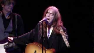 Watch Patti Smith Banga video