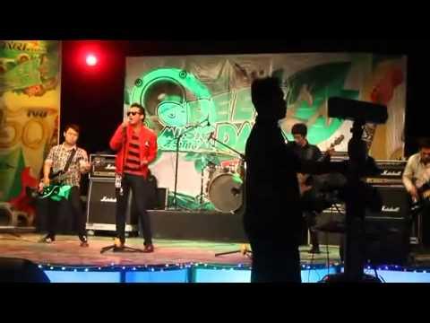 Brightside - Aku Menyanyi (Lagu Daerah Kutai) Cover Live @TVRI.mp4