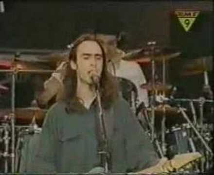 Live - 1994-01-15 - #4 - Pain Lies On The River Si