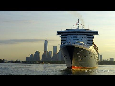 Queen Mary 2 arrival to New York 7/14/2015 flotilla