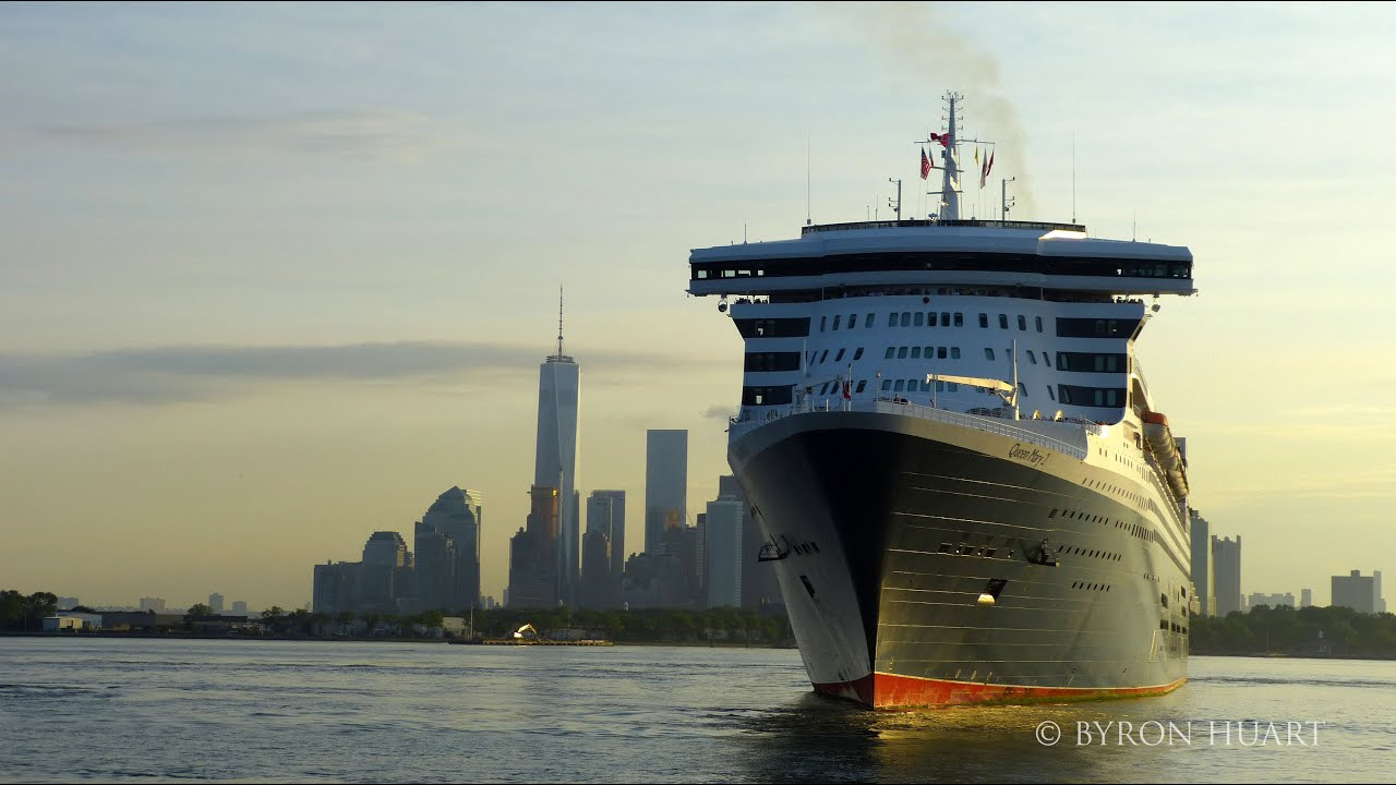 queen mary 2 arrival to new york 7142015 flotilla  youtube