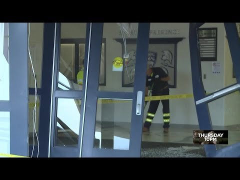 Car crashes into Francis Howell Central High School