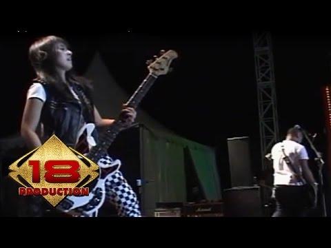 Kotak - Selalu Cinta   (Live Konser Cirebon 14 November 2013)