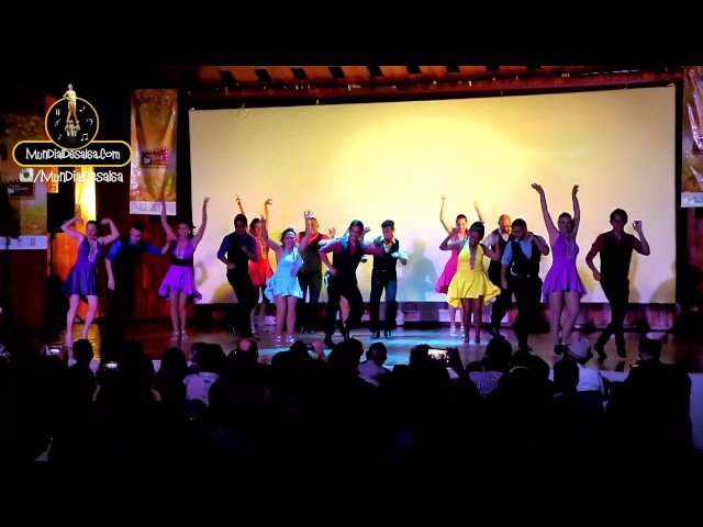 Bailadores Exhibicion Escuela de Bailadores JoyDance