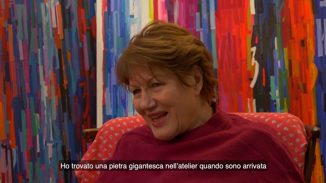 Reportage sur Mira Maodus de Anna Fuga et Andrea S.Neri, pour Parigi GrossoModo