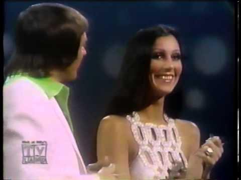 Sonny & Cher - Love Grows