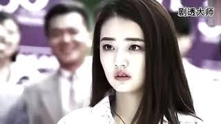 霸道总裁对灰姑娘看似无情,但看到她穿浴袍见人醋意大发!