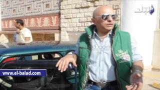 بالفيديو والصور..عاشق السيارات الكلاسيكية لـ«صدى البلد»: أبادر بشراء كل قديم وتواجهنى تعليقات ساخرة
