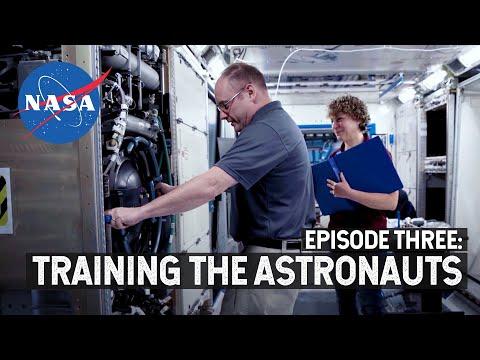 NASA Explorers S4 E3: Training the Astronauts