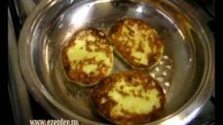 Лепёшки из творога и картофеля - видео рецепт