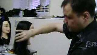 www.bazhenov.biz  Как НЕ срезать пряди у лица.