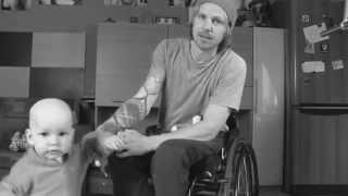 Нянька на коляске(, 2014-05-13T13:15:45.000Z)